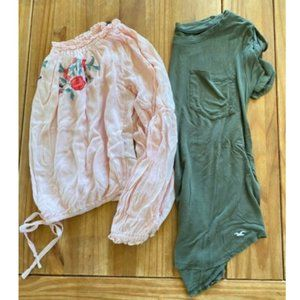 Women's Hollister Size XS Lot Of 2 Tops